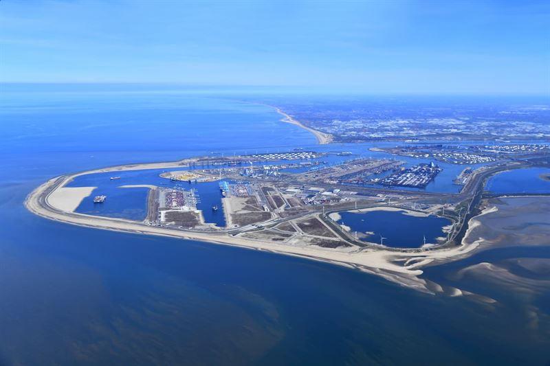 Zero emission barge for Port of Rotterdam from Wärtsilä